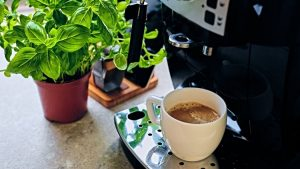 the coffee maker that makes the hottest coffee