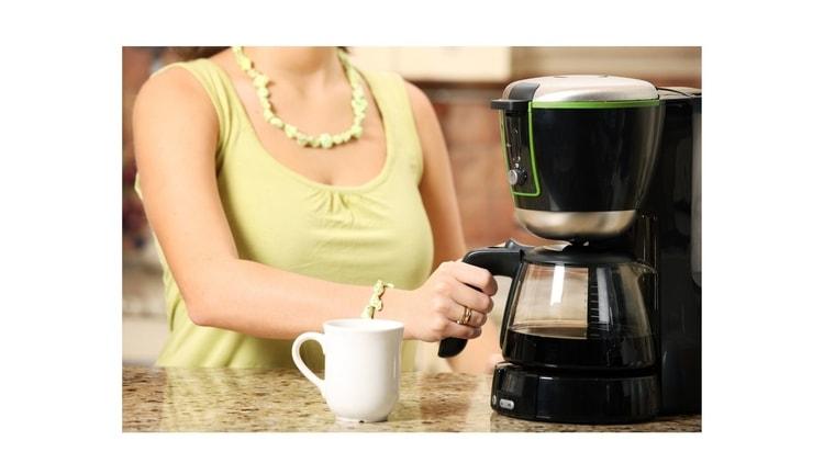 auto pour over coffee maker